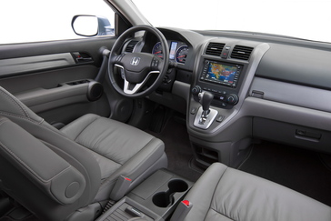 2011 Honda Cr V Serves Up Suv Versatility With Style And Refinement