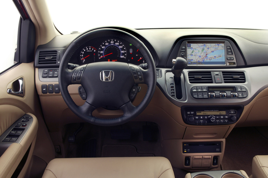 2005 Honda Odyssey | 2005 Honda Odyssey Touring |  | Honda Newsroom